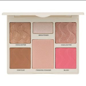 ❤Cover FX Face Perfector Palette (Light to Med)
